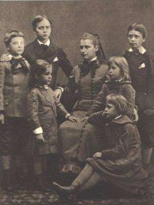 Графиня Хедвига Шарлотта Хелена фон Юлин с детьми